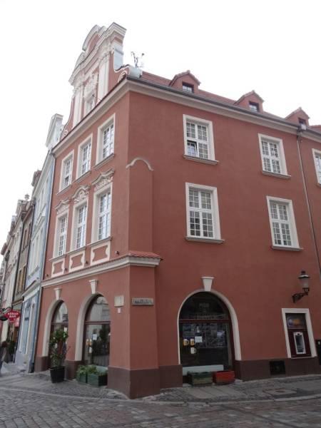 Stary Rynek 68 / Szkolna, Kozia 16 - po remoncie
