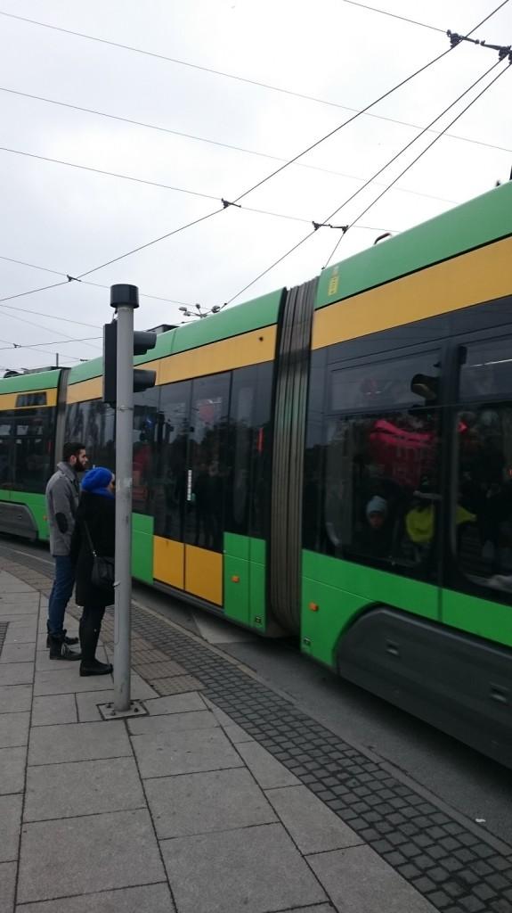 tramwaj i pasażerowie